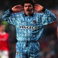 Sumo the Micky Quinn